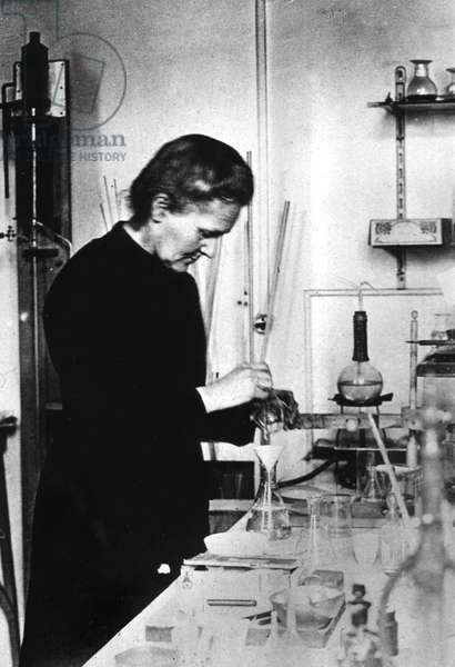 Physicist Marie Curie (1867-1934), after her discovery of radium and polonium in 1898, she received Nobel prize of physics in 1903 and Nobel prize of chemistry in 1911 , here in her laboratory at Radium Institute in Paris in 1912
