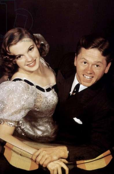 En avant la musique STRIKE UP THE BAND de BusbyBerkeley avec Mickey Rooney et Judy Garland 1940