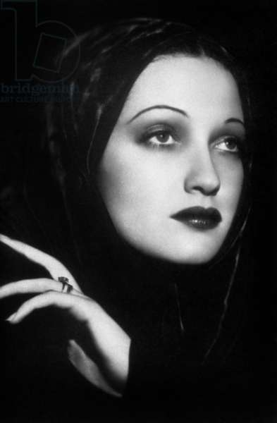 Dorothy Lamour, born Mary Leta Dorothy Stanton (1914 - 1996), American Actress and Singer. 1938