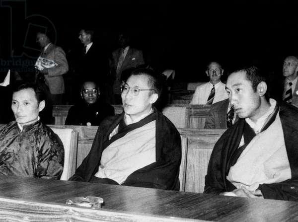 The 14th Dalai Lama (c, Tenzin Gyatso) and 10th Panchen-lama Lobsang Trinley Lhundrub Chokyi Gyaltsen (r) in 1956
