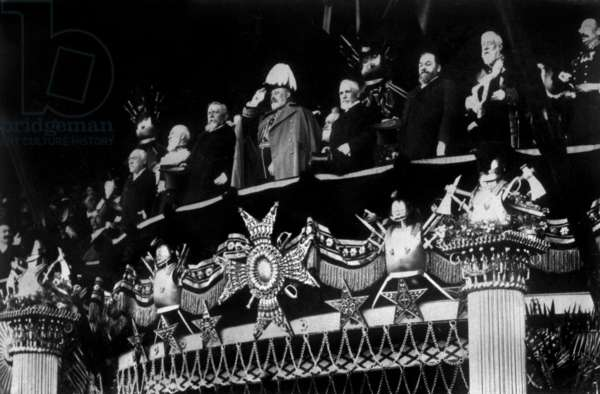 English King  Edward VII in Vincennes, France, during military parade in 1903 with French President Emile Loubet