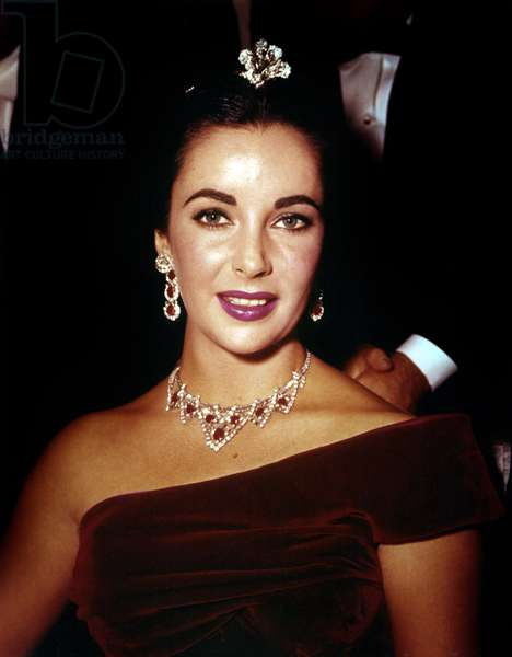 American Actress Elizabeth Taylor (Cartier set of jewels) c. 1957