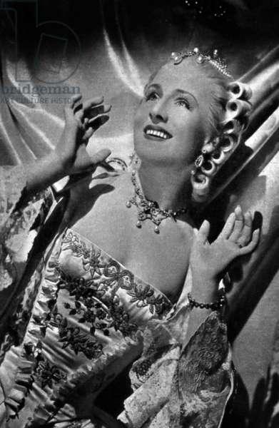 MARIE ANTOINETTE de WVanDyke avec Norma Shearer (dans le role de Marie Antoinette), 1938