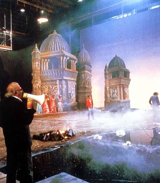 Federico Fellini On the shooting of the film INTERVISTA 1987