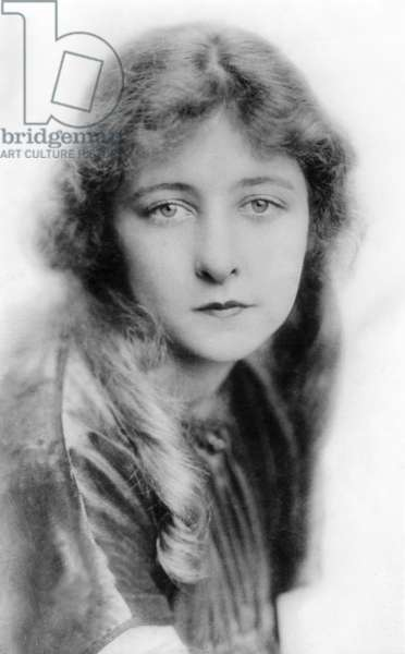 Mildred Harris, (Charles Chaplin's first wife), c. 1920