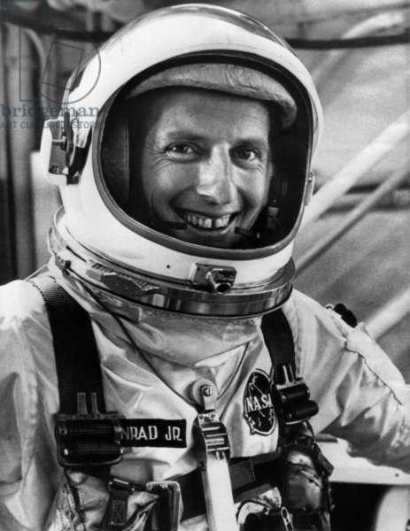Gemini 5 space mission (August 1965) : Astronaut Charles Conrad Jr aka Pete Conrad, pilot