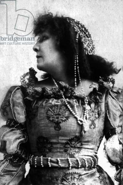 Actress Sarah Bernhardt (1844-1923)
