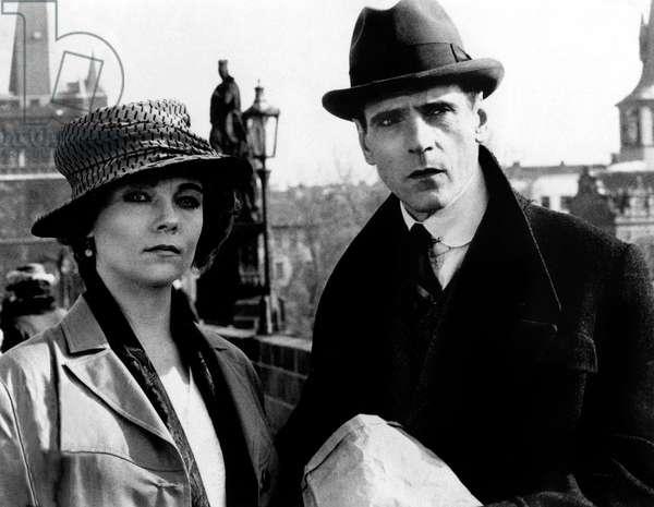 Kafka réalisé par Steven Soderbergh avec Jeremy Irons (Kafka) et Theresa Russell 1991