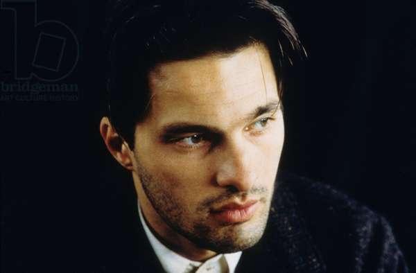Olivier Martinez dans le film La femme de chambre du Titanic de BigasLuna 1997
