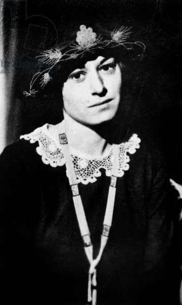 American novelist Dorothy Parker (1893-1967) c. 1930
