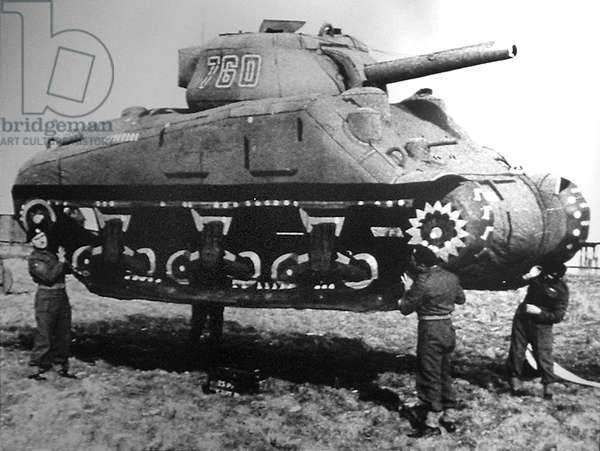 Inflatable Light Tank used during preparation in England of Operation Fortitude, 1944 : deception operations used by the Allied forces during World War II in connection with the Normandy landings (Operation Overlord)