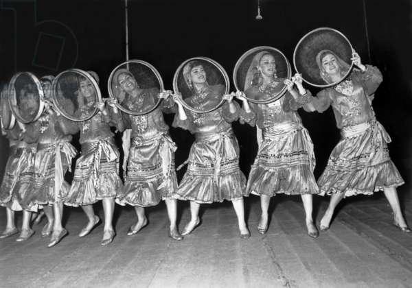 1st festival of african arts in Dakar : dancers, April 18, 1966