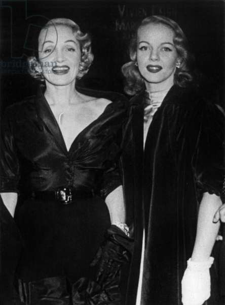 Marlene Dietrich and her daughter Maria Riva in 1952