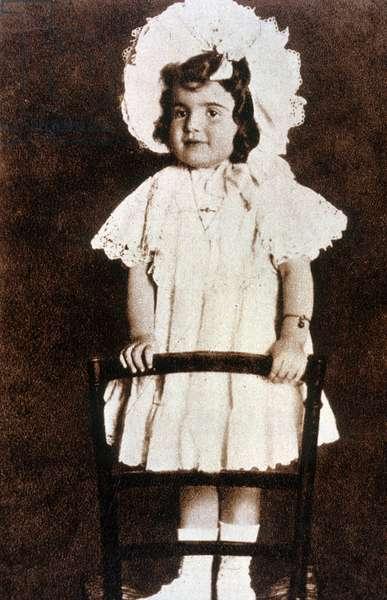 Actress Claudette Colbert (1903-1996) in 1905