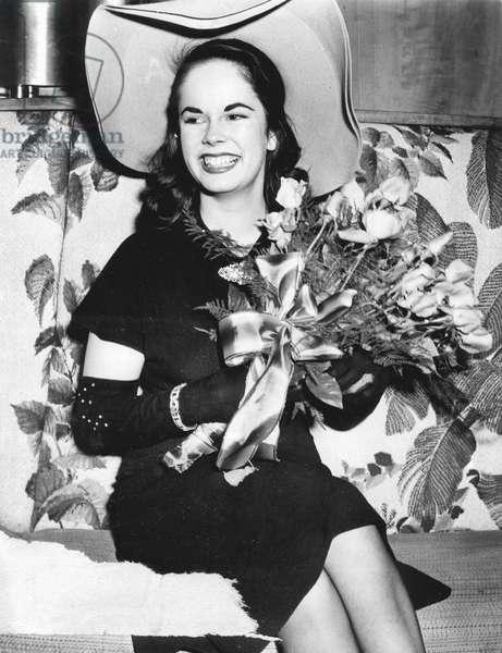 Oona Chaplin (Oona O'Neill 1925-1991) 4th wife of CharlieChaplin, 1943