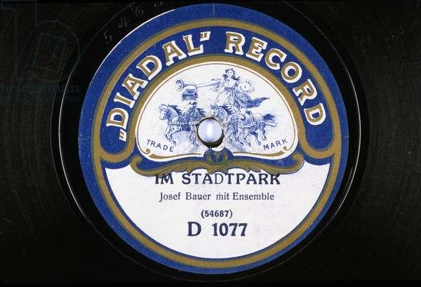 vinyl record: Im Stastpark Josef bauer mit ensemble Diadal Record