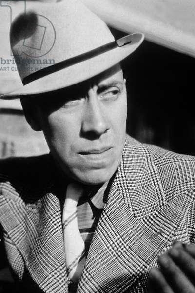 Fernandel dans le film Raphael le tatoue de ChristianJaque 1939