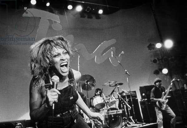 """Tina Turner singing for the American TVshow """"Soundstage"""" in 1982"""