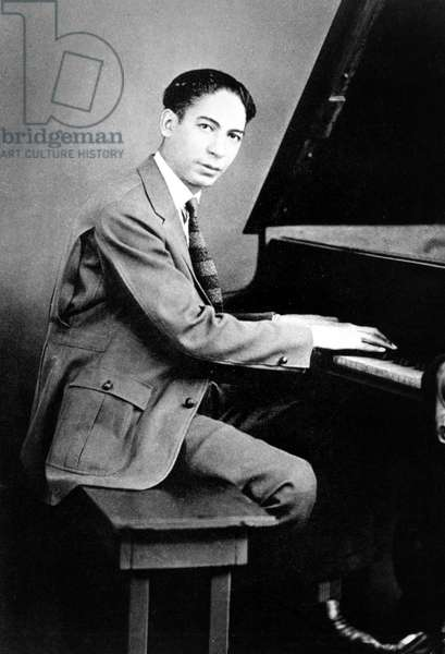 Jelly Roll Morton (1885/1890-1941, real name Joseph Ferdinand Lamothe) at the piano c.1915