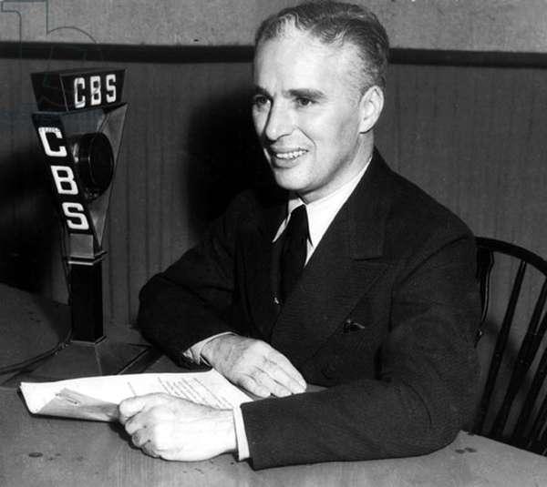Charlie Chaplin (1889-1977) at CBS radio c. 1930