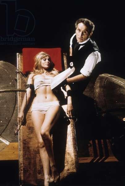 Frankenstein crea la femme ( Frankenstein created woman ) de TerenceFisher avec Susan Denberg, Peter Cushing 1967
