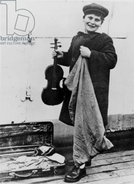 Violonist Yehudi Menuhin (1916-1999) as a child during his 1st travel in Europe 1929