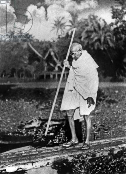 Le Mahatma Mohandas Karamchand Gandhi (1869-1948) during salt March in 1930