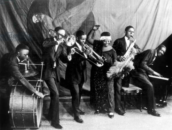 """Gertrude """"Ma"""" Rainey and her Georgia Jazz Band in Chicago in 1923 (b/w photo)"""