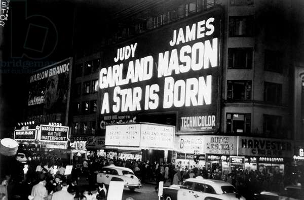 Premiere of A Star is born with Judy Garland and James Mason. 1954