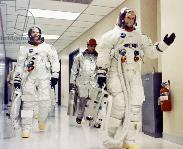 Apollo 11 crew on way to Launch Complex 39 for liftoff Apollo 11 : Commander Neil A. Armstrong, Michael Collins and Edwin E. Aldrin Jr. prepare to be transported to Launch Complex 39A for the first manned lunar landing mission, in Kennedy Spacecenter (Florida) July 16, 1969