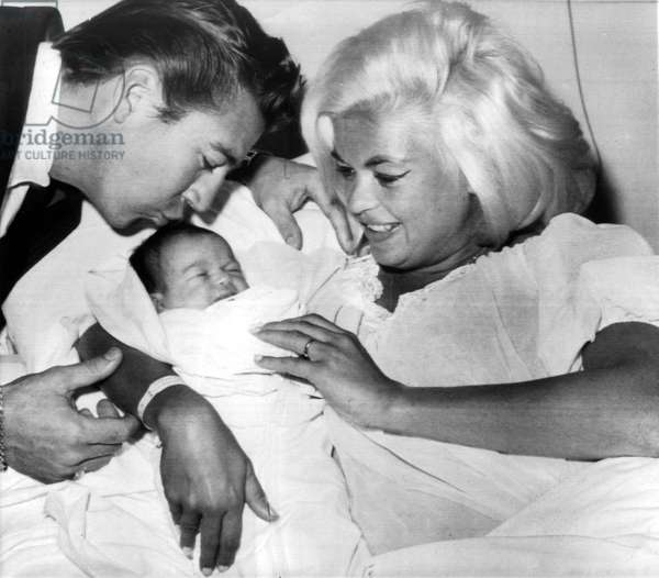 Jayne Mansfield and her husband Mickey Hargitay and their 2 day old daughter in St John's Hospital January 24, 1964
