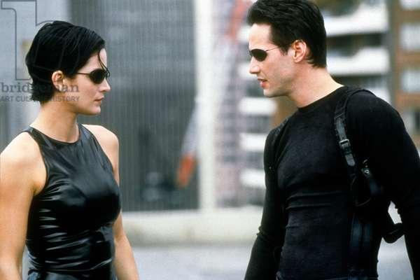 Matrix de AndyWachowski et LarryWachowski avec Carrie Anne Moss et Keanu Reeves, 1999