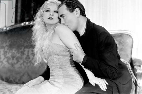 Lady Lou  She Done Him Wrong de LowellSherman avec Mae West et Cary Grant 1933