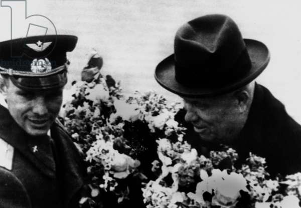 Soviet cosmonaut Iouri Gagarin arriving in Moscow and meeting first secretary of communist party Nikita Khroushtchev April 15, 1961 after the first space flight aboard Vostok1 Vostok One conquete de l' espace space conquest Youri Yuri Iouri Gagarine Gagarin
