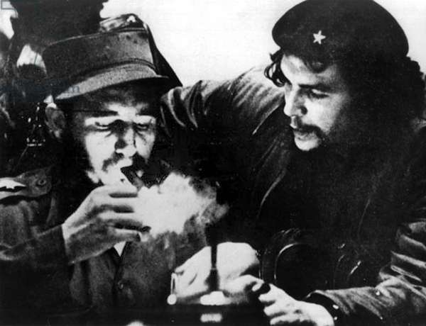 Fidel Castro and Ernesto Che Guevara in January 1959 during cuban revolution, photo by Roberto Salas