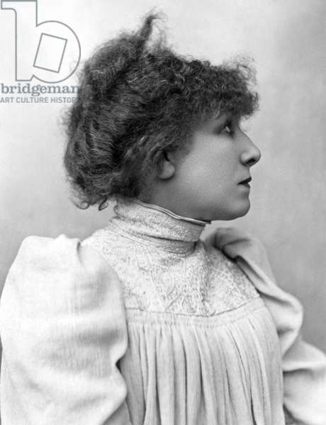 La comedienne Sarah Bernhardt (1844-1923) photo de Nadar