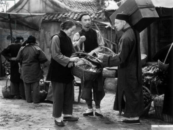 Visages d'orient The Good Earth de SidneyFranklin avec Paul Muni et Luise Rainer 1937 d'apres le roman de Pearl Buck