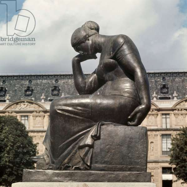 Pain, bronze sculpture by Aristide Maillol, 1912, Paris, France (photo)