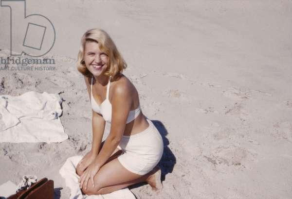 Sylvia Plath on holiday, 1953 (photo)
