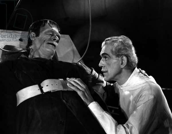 La maison de Frankenstein HOUSE OF FRANKENSTEIN de ErleKenton avec Glenn Strange, Boris Karloff, 1944
