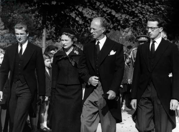 Celebration of 25th anniversary of death of Queen Astrid of Belgium in Laeken on September 26, 1960 : former King  Leopold II of Belgium (her husband) and their 3 children : King  Bausouin 1st of Belgium, Josephine-Charlotte of Luxembourg (future Grand Duchess) and prince Albert of Belgium (future king)