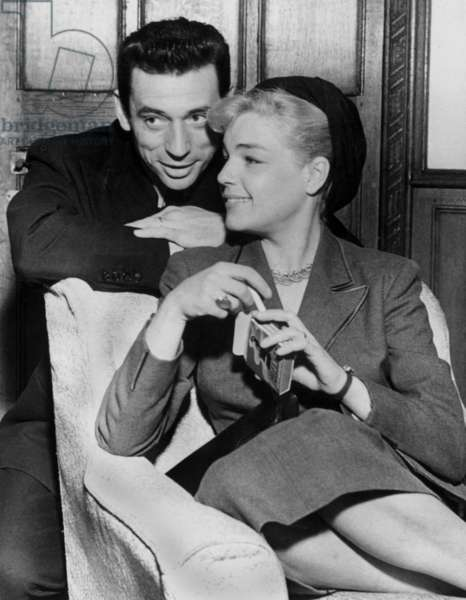 Yves Montand and Simone Signoret in 1953