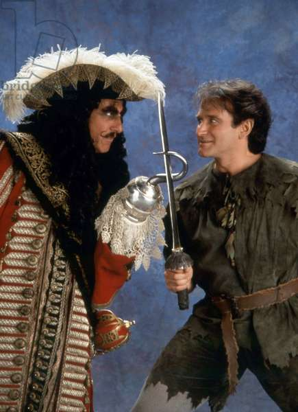 Hook de Steven Spielberg avec Robin Williams (Peter Pan) et Dustin Hoffman (capitaine Crochet) 1991