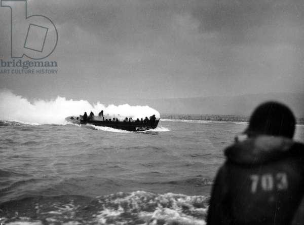 Debarking from Normandy: Omaha Beach