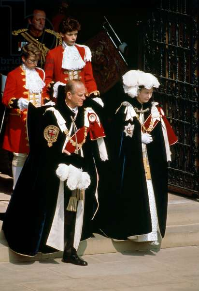 Elizabeth II at the ceremony of the Order of the Garter in 1988
