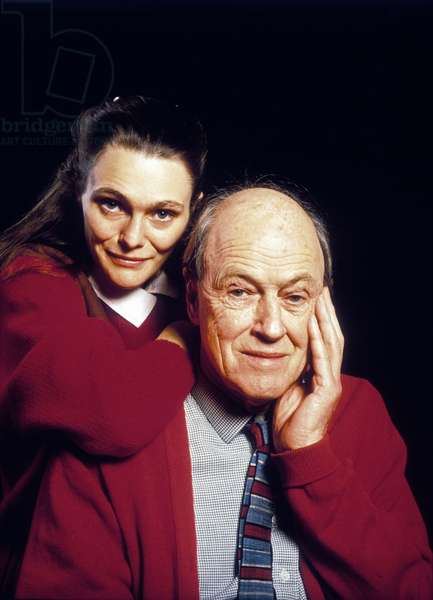 Roald Dahl (1916-1990), One of The World'S Greatest Children'S Authors here With his Daughter Tessa (photo)