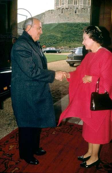 Queen Elizabeth II and Mikhail Gorbachev