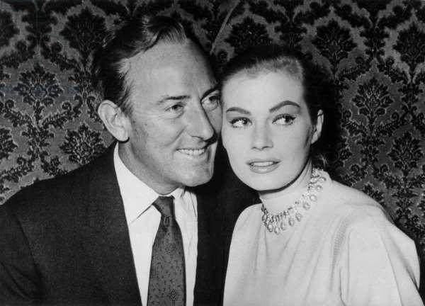 Michael Wilding et Anita Ekberg