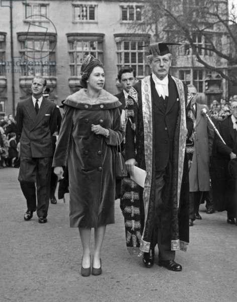 Queen Elizabeth and Harold MacMillan