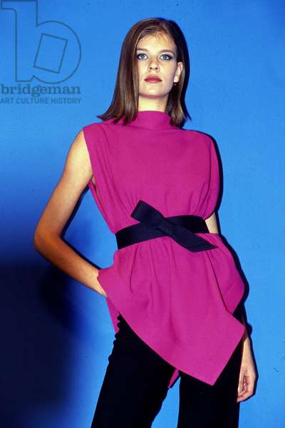 Pierre Cardin Fashion Summer 1991 (photo)